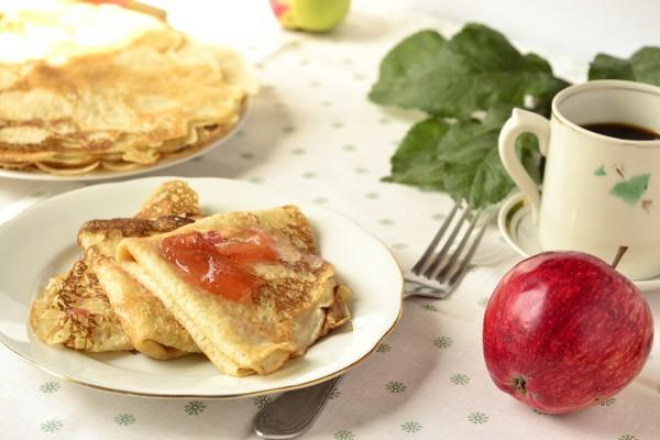 Рецепт                  Масленица 2015: Дрожжевые блины с яблоками