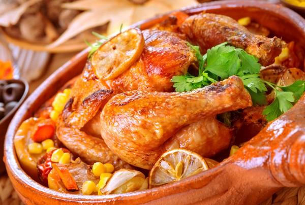 Рецепт                  Запеченная курица с картофелем и лимоном