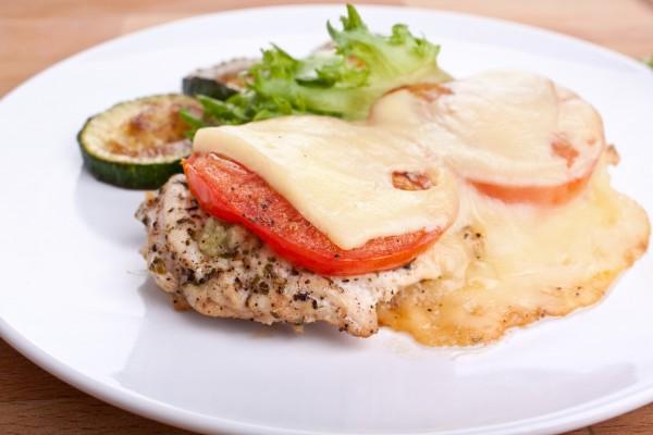 Рецепт                  Мясо по-французски с помидорами