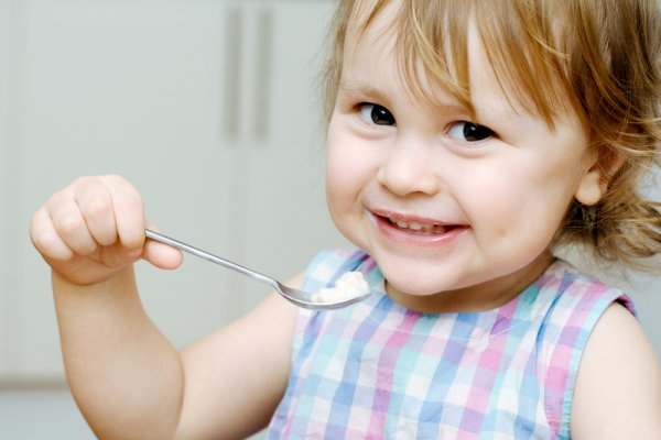Готовим ребенку кашу с фруктами