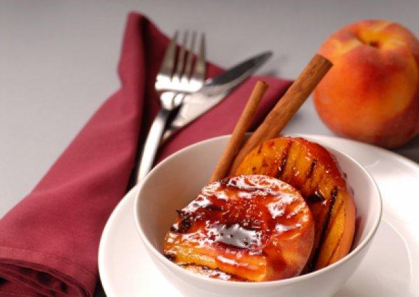 Рецепт                  Фрукты на гриле с корично-медовой сюзьмой