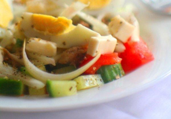 Рецепт                  Салат из тунца с фетой