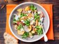Теплый зимний салат с грибами и картофелем