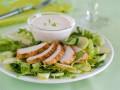 Весенний салат из курицы, яблок и сельдерея