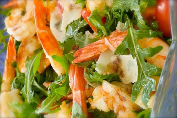 Рецепт                  Новогодние рецепты: Салат из рукколы с креветками