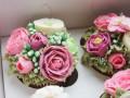 Фуд-арт: кондитер создает цветочные капкейки