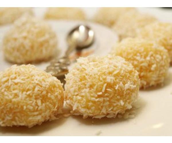 Рецепт                  Творожные шарики с кокосовой стружкой