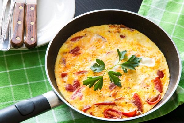 Рецепт                  Летний омлет с помидорами