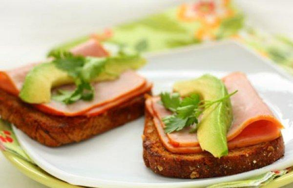 Рецепт                  Сэндвичи с ветчиной и авокадо