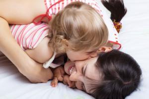 Если твой ребенок кусается, объясни ему, что так делать нельзя