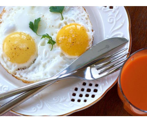 Рецепт                  Классическая французская яичница-глазунья