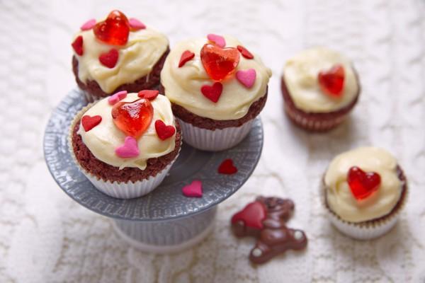 Рецепт                  Рецепты на День Валентина: Шоколадные капкейки с глазурью