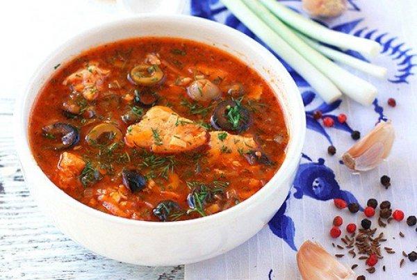 Рецепт                  Простая рыбная солянка