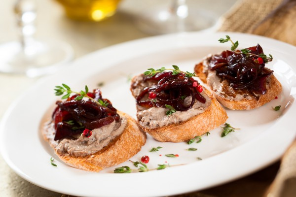 Рецепт                  Новогодние рецепты: Канапе с паштетом
