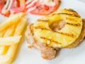 Как приготовить свинину с ананасами в пряном соусе