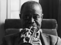 Музыкальная легенда: слушай песни джазового исполнителя Луи Армстронга