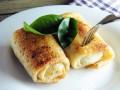 Блины с сыром: три идеи для завтрака