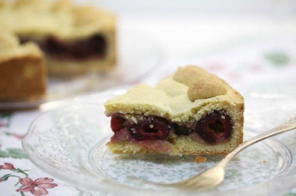 Рецепт                  Баскский пирог с черешней