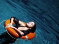 Ольга Романовская сняла клип в одном из самых глубоких бассейнов Киева