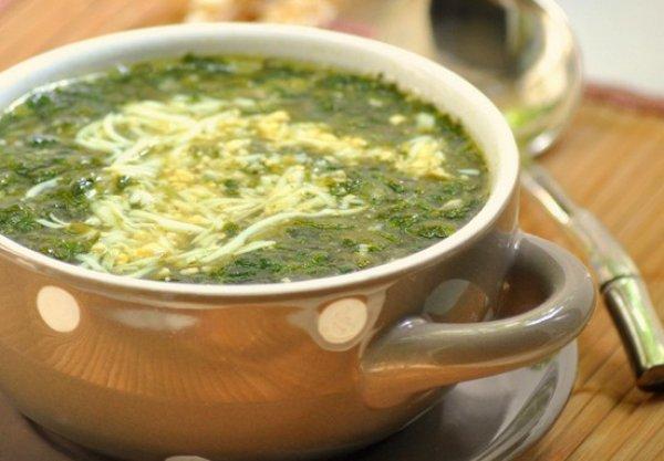 Рецепт                  Куриный бульон со шпинатом и яйцом