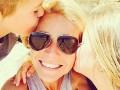 Мамы и дети: Самые милые селфи звезд