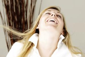 Смех помогает избавляться от комплексов