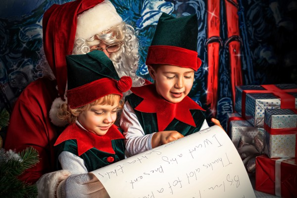 Предложи ребенку написать письмо Деду Морозу