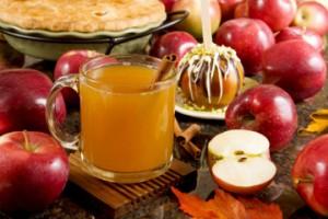 Яблочный сидр с корицей