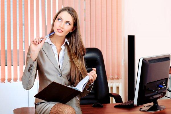 Чтобы продуктивно трудиться, расположи свое рабочее место поближе к окну