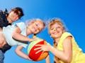 Чем занять ребенка: 4 увлекательных игры