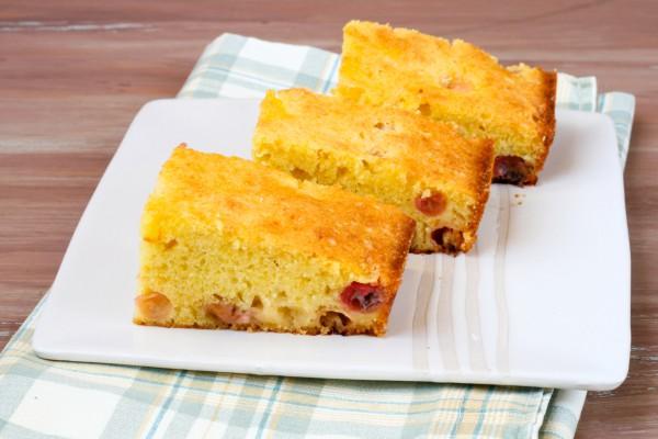 Рецепт                  Простой пирог с крыжовником