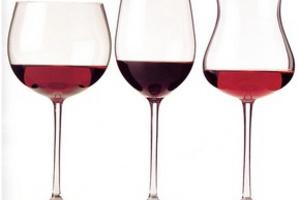 Оттенки вкуса вина и еды должны совпадать