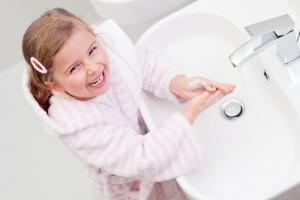 Давай разберемся, как можно бороться с глистами у ребенка с помощью народных средств.