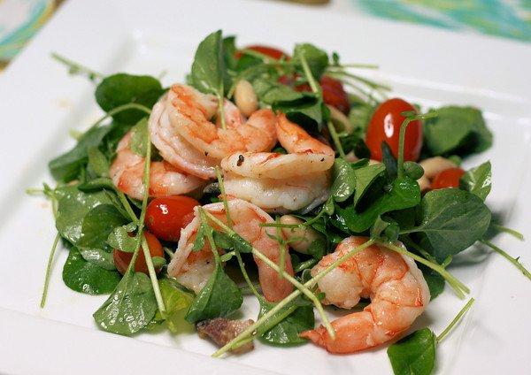 Салаты из морепродуктов - лучший выбор на 8 марта