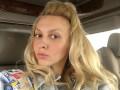 Оля Полякова показала видео, как ее дочь играется со змеей