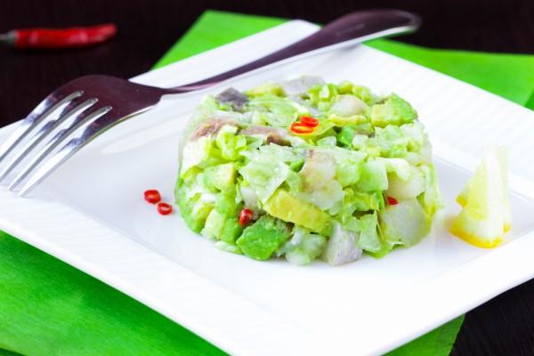 Рецепт                  Салат из сельди и авокадо