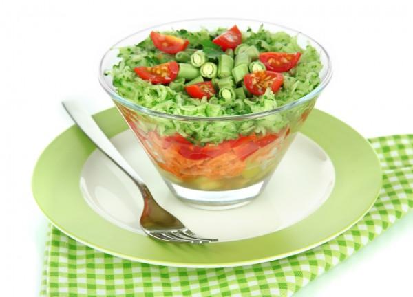Рецепт                  Постный салат из овощей и стручковой фасоли