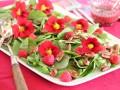 Съедобные цветы: 10 самых вкусных видов