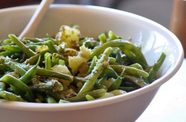 Рецепт                  Салат из стручковой фасоли и картофеля