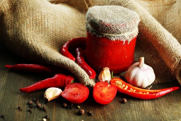 Рецепт                  Аджика из помидоров и чеснока
