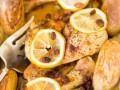 Курица с картофелем, изюмом и лимоном