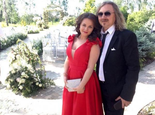 32-летняя Юлия Проскурятова беременна от 55-летнего Игоря Николаева