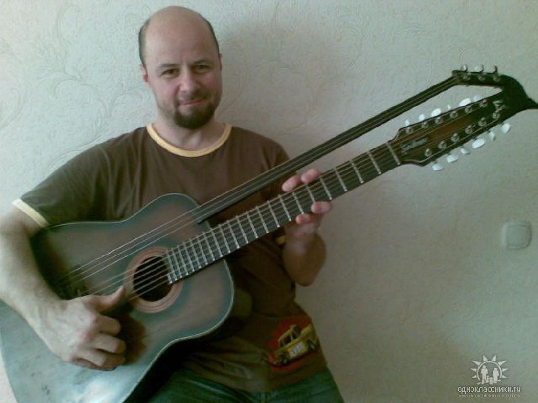 Известный калининградский гитарист Леонид Иващенко скончался впроцессе концерта «Джаз-аперитив»