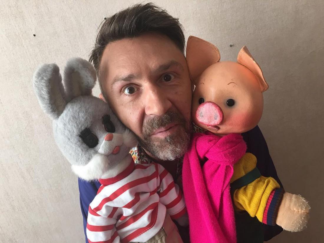 Сергей Шнуров записал песню для утренней детской телепередачи
