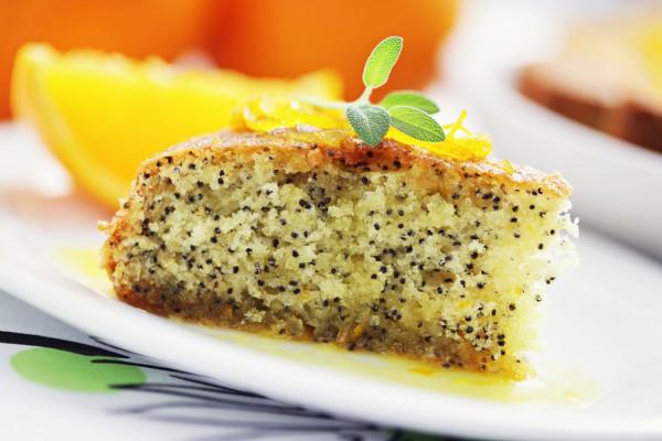 Рецепт                  Маковый пирог с орехами