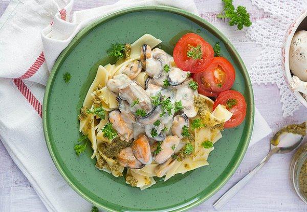 Рецепт                  Паста с грибами и морепродуктами