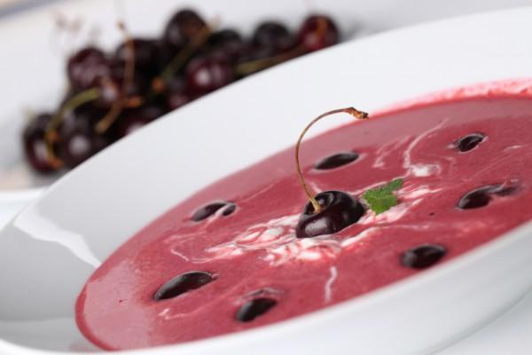 Рецепт                  Вишневый суп с корицей