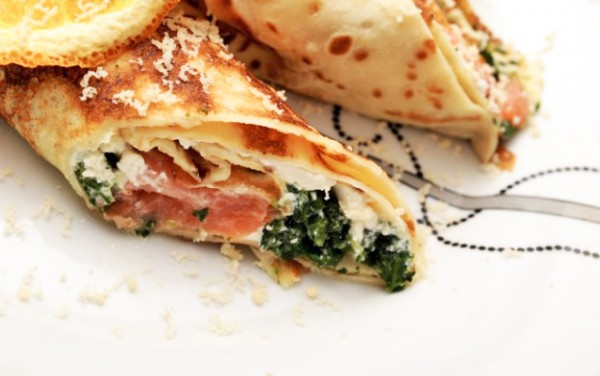 Рецепт                  Блины с лососем, фетой и шпинатом