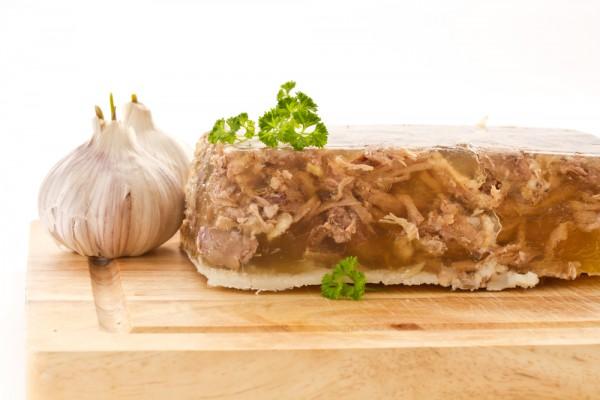 Рецепт                  Новогодние рецепты: Мясной холодец ассорти