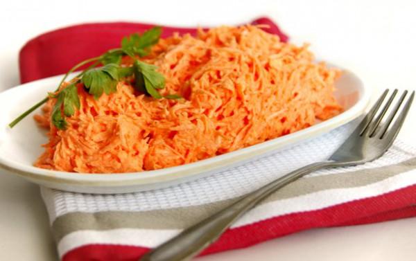 Рецепт                  Морковный салат с майонезом и чесноком